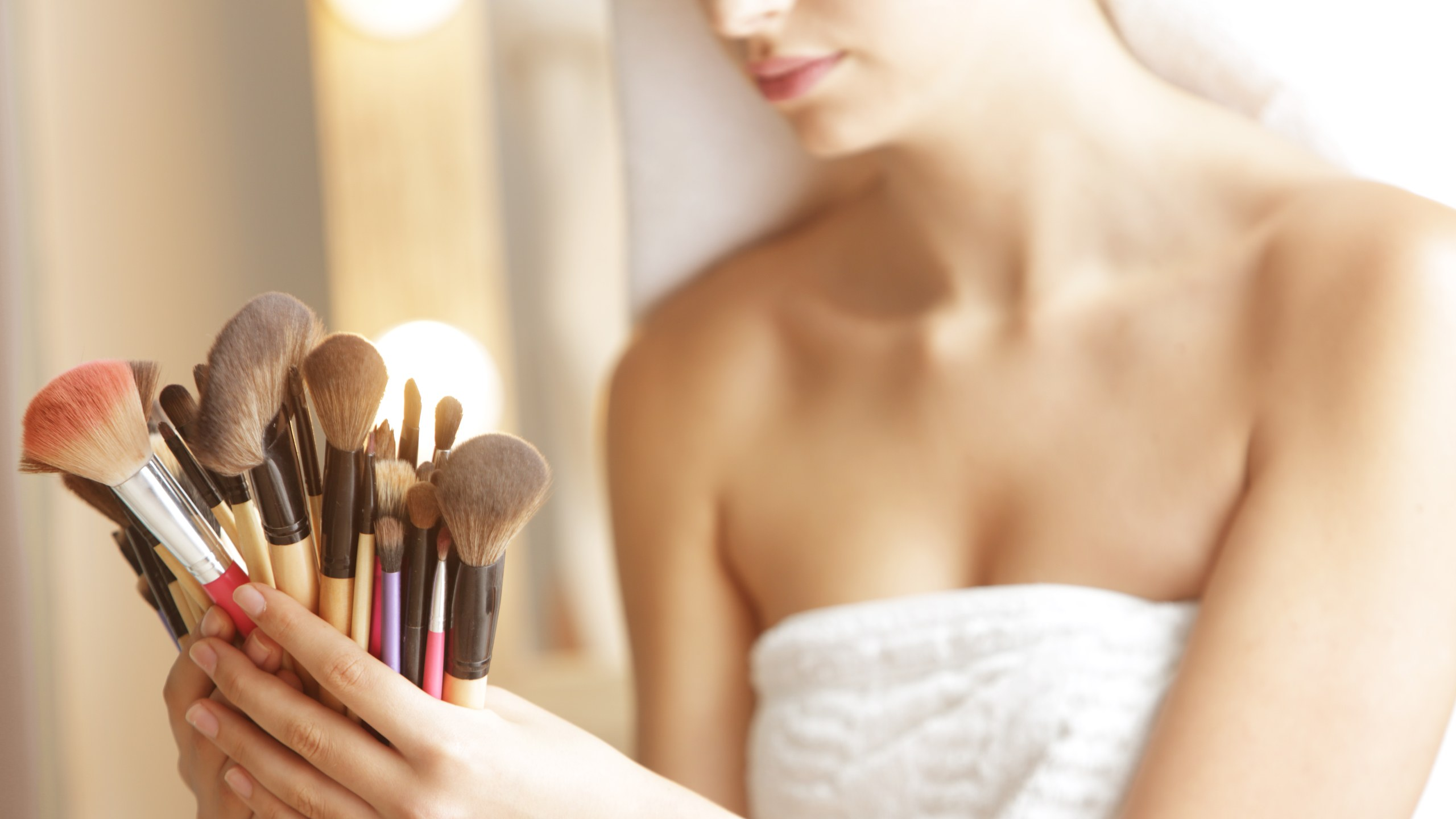 Makeup Brush Essentials To Get The Job Done